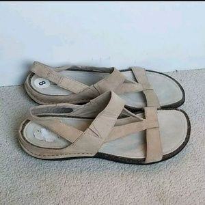 Rockport 8 tan leather sandals flats strappy shoes